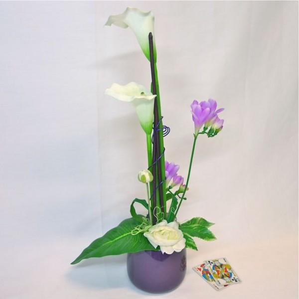 composicion-de-flores-artificiales-arreglo-floral-regalo-diseno-moderno-villeurbanne